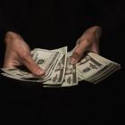 Жительница Белинского района повелась на доллар и лишилась денег
