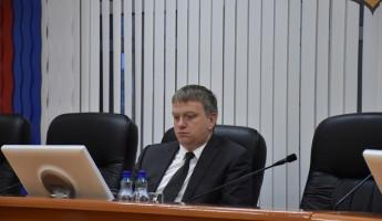 Лузгин подписал документ об изъятии недвижимости около цирка в Пензе