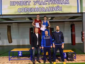 В Заречном прошел чемпионат по боксу