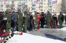 Иван Белозерцев  принял участие в торжественной церемонии у Монумента воинской и трудовой Славы