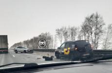 Около Пензы на трассе М5 произошло жесткое ДТП с такси
