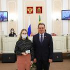 Валерий Лидин вручил удостоверения новым депутатам Молодежного парламента