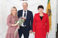 В Пензе вручили медали многодетным матерям