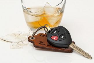 В Пензе попался за рулем машины пьяный уголовник без прав