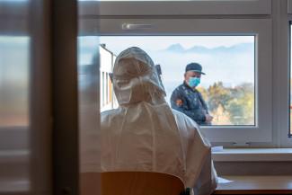 В России болеет коронавирусом свыше 321 тысячи человек