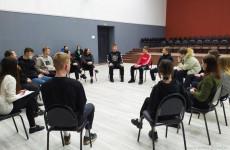 Студентов и школьников Пензы научили эффективному общению