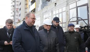 Олег Мельниченко осмотрел дома обманутых дольщиков в Пензе