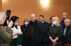 Олег Мельниченко поручил включить чемодановский культурный центр в областную программу ремонта