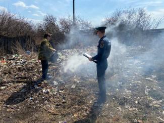 В Пензенской области девушка жгла траву и спалила дом
