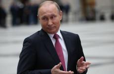 Владимир Путин объявил в майские праздники длинные выходные