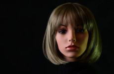 В Кузнецке молодой человек попытался украсть женский манекен