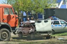 Жуткое ДТП в Пензенской области: машина превратилась в железное месиво