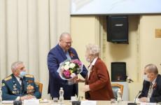 Олег Мельниченко встретился с активом областного Совета ветеранов