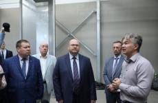 Олег Мельниченко посетил агропромышленные предприятия Лопатинского района
