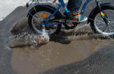 Под Пензой ехавший на велосипеде ребенок попал под колеса кроссовера