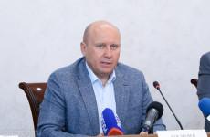 Вячеслав Космачев призвал пензенцев сделать прививку от коронавируса
