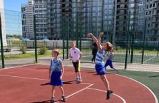 В Пензе прошли соревнования по стритболу