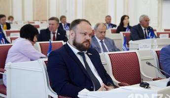 Двойной праздник! 24 июня родились депутат Александр Васильев и поэт Виктор Гвоздев