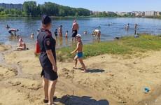 Жителям Пензы напоминают о правилах поведения у водоемов