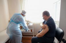 Врио губернатора Пензенской области привился от коронавируса