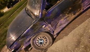 Появились новые фото с места серьезного ночного ДТП в Пензе
