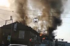 Срочно! В Пензе горит крупный торговый центр (ВИДЕО)