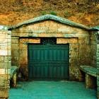 В Пензе неизвестные вскрыли цыганские могилы