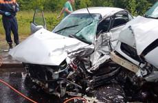 В Пензе труп молодого парня вырезали из машины после аварии. ФОТО