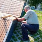 На набережной в Пензе починили изуродованный вандалами лежак