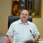 Сериал про губернатора: инстаграм-неделя Олега Мельниченко