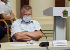 Комиссия для Никишина. Решение по пензенскому министру здравоохранения примут в Москве