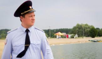 Мальчик, спасенный полицейским в Спутнике, пошел на поправку