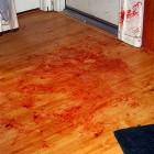 Кровожадный убийца вырезал компанию из четырех человек и сбежал