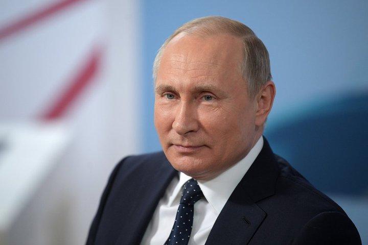 Путин поручил улучшить жилищные условия граждан России  к 2024-ому