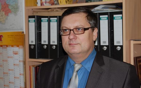 Губернатор высоко оценил заслуги Тактарова напосту руководителя облизбиркома