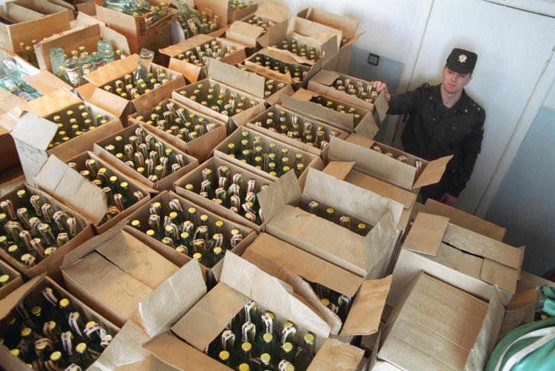 ВКузнецке изъяли 600 бутылок с незаконным спиртом