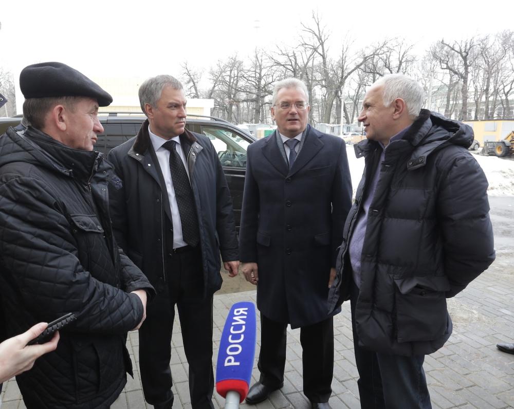 Вячеслав Володин проверил строительство медучреждения вПензе
