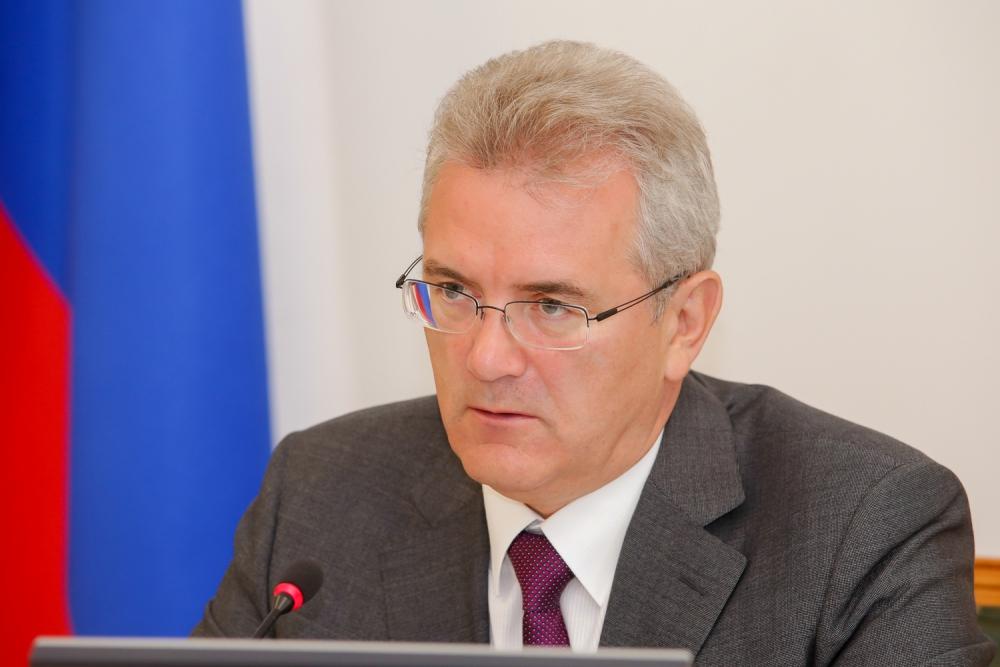 Губернатор Иван Белозерцев поведал, сколько заработал загод
