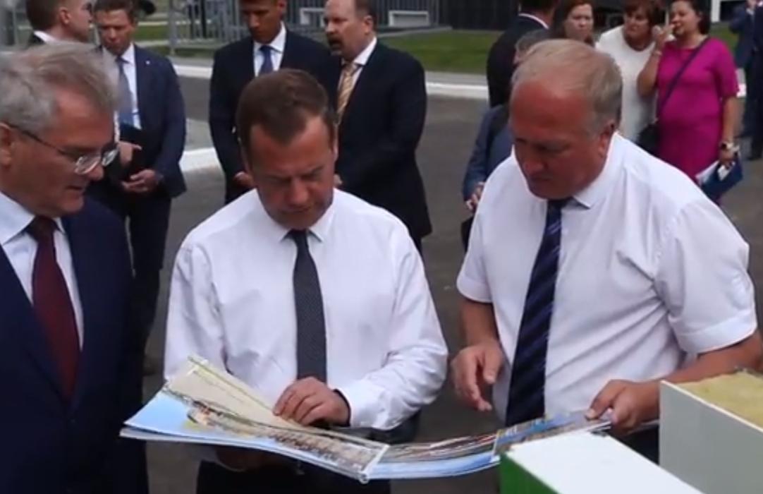 Медведев ставит задачу изучить возможность уменьшения ипотечных ставок