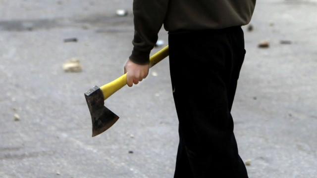 ВПензе осужден 31-летний мужчина, обокравший с тесаком киоск