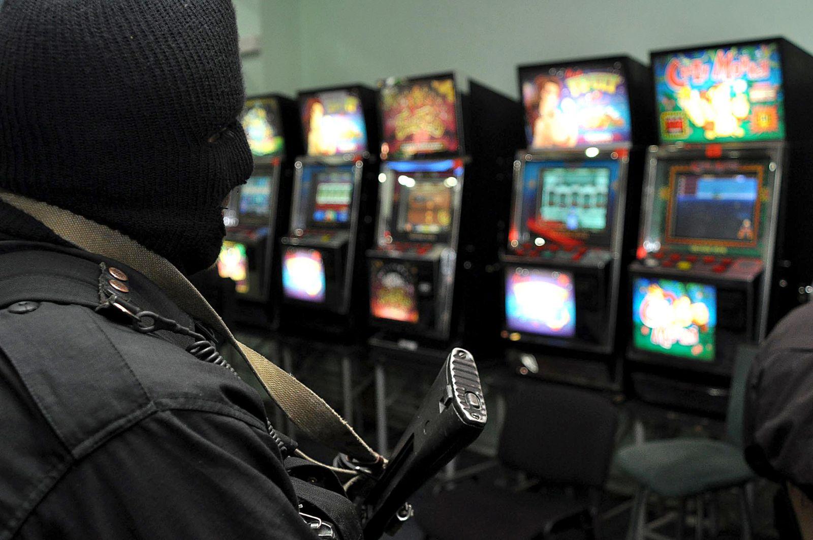 Интернет казино клуб пенза ссср игровые автоматы играть