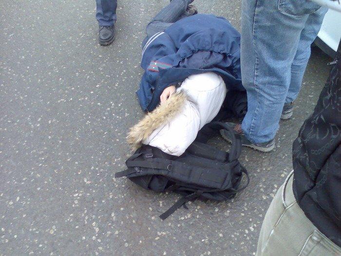 Наулице Окружной легковушка сбила молодую женщину