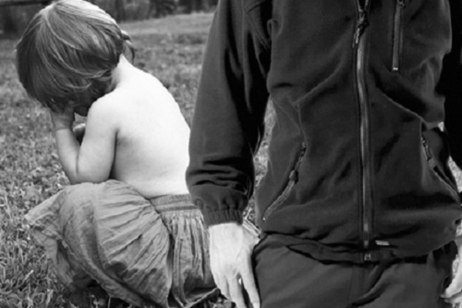 В Пензенской области извращенец семь раз изнасиловал дочерей сожительницы.