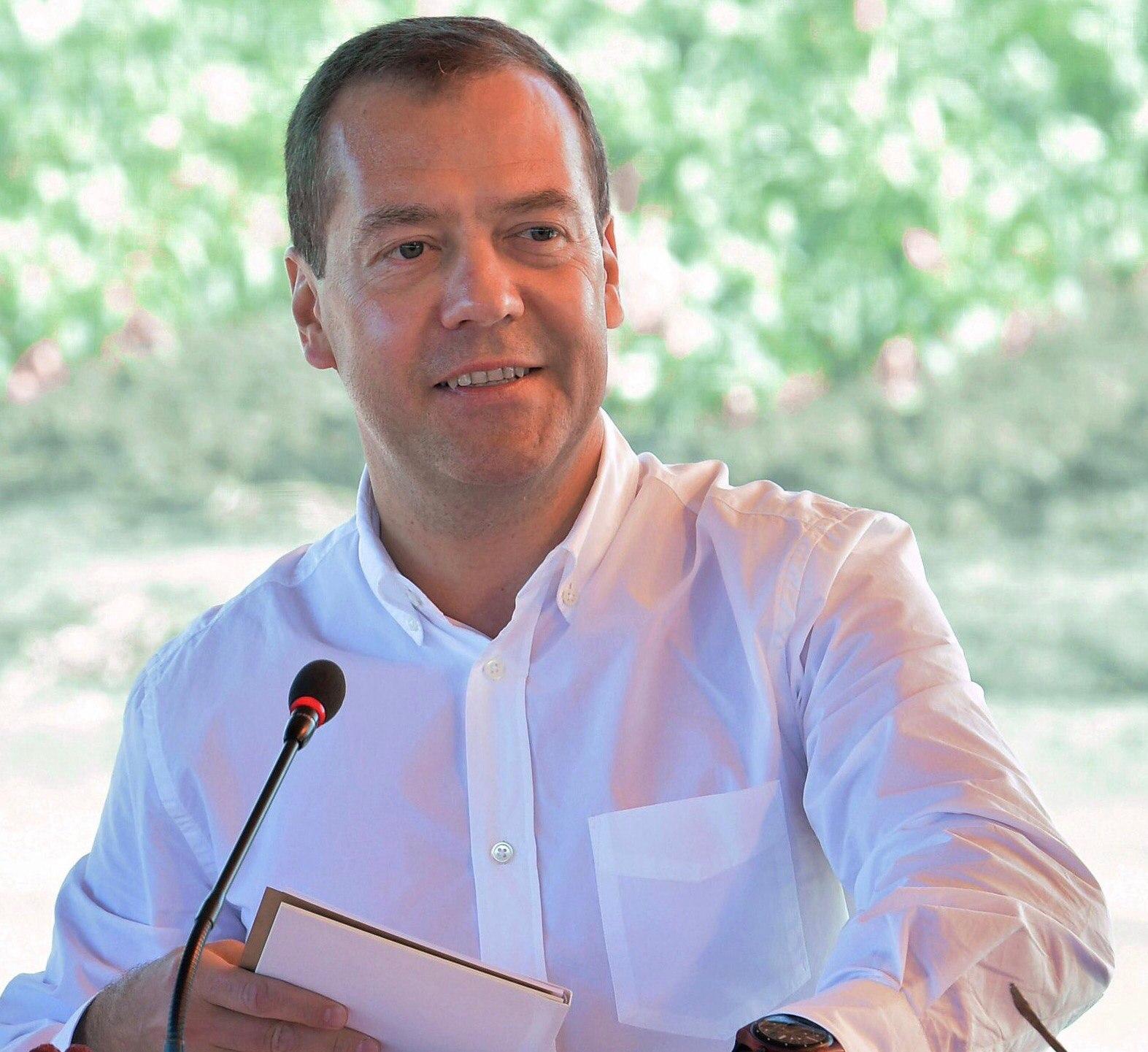 Д. Медведев  вПензе планирует осмотреть один измикрорайонов