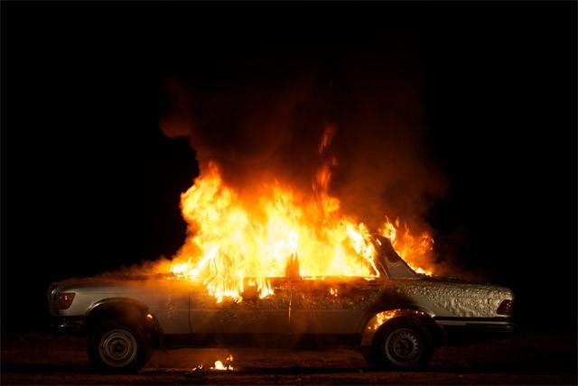 Ребенка оставили без присмотра, ион живьем сгорел вавтомобиле под Пензой