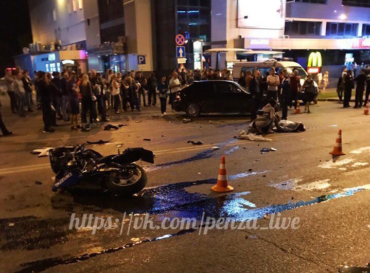 ВПензе мотоциклист умер после столкновения савтомобилем