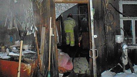 Трагичный пожар вНижнем Ломове: дом отогня спасали 13 человек