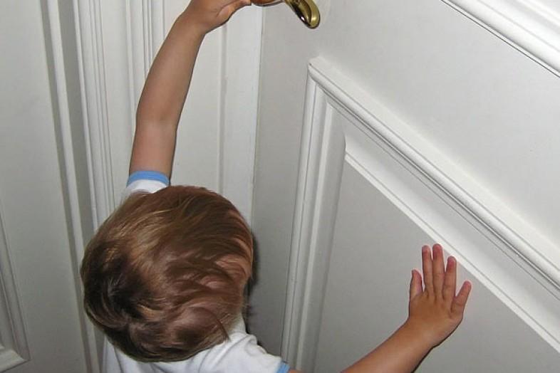 ВПензе 3-летний ребенок заперся вквартире отмамы