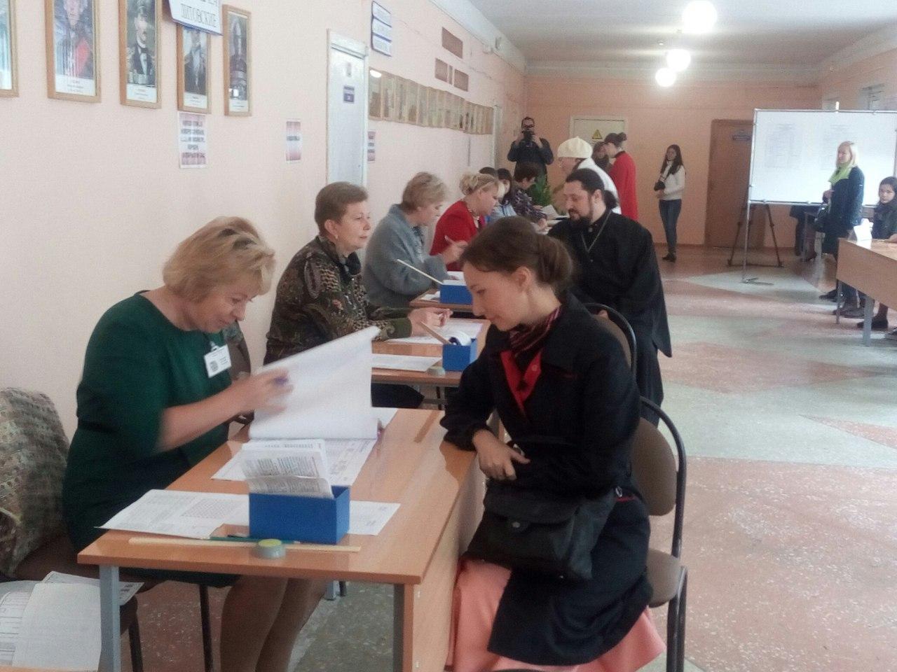 Детский омбудсмен Кузнецова среди первых пришла навыборы вместе ссемьей