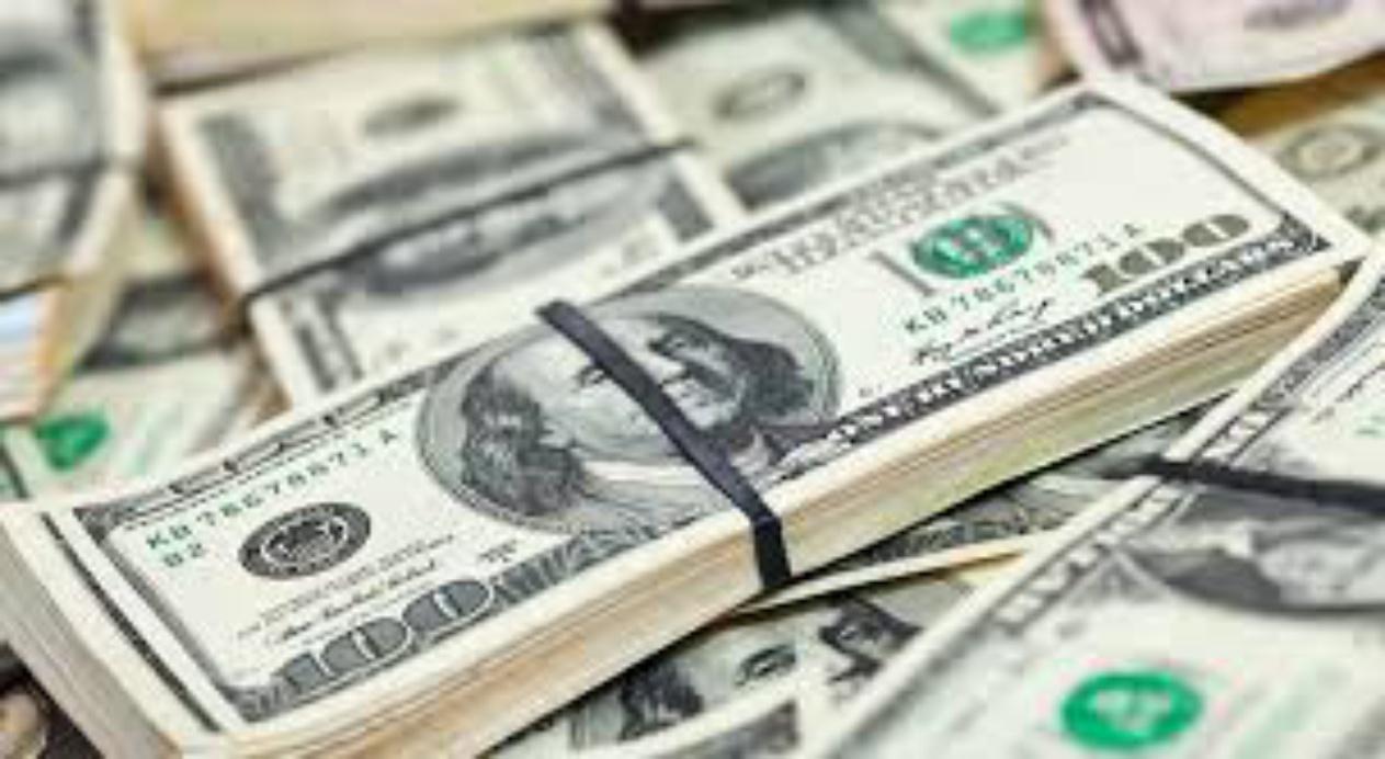 ВПензе рабочий общепита дерзко отобрал угражданина Туниса 5900 долларов